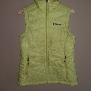 Columbia omni-shield puffer vest